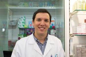 Enrique Bernat, farmacéutico