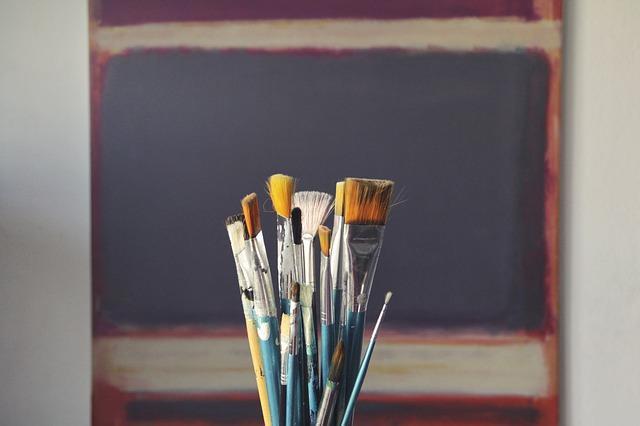 brush-1683134_640